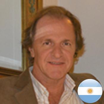 Dr. Gustavo Costales